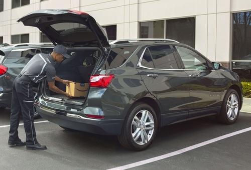 Amazon livre vos colis… directement dans le coffre de votre voiture !