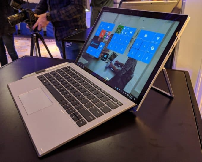 HP Elite x2 1013 G3, Ultrabook à écran 13 pouces tactile détachable Kaby Refresh