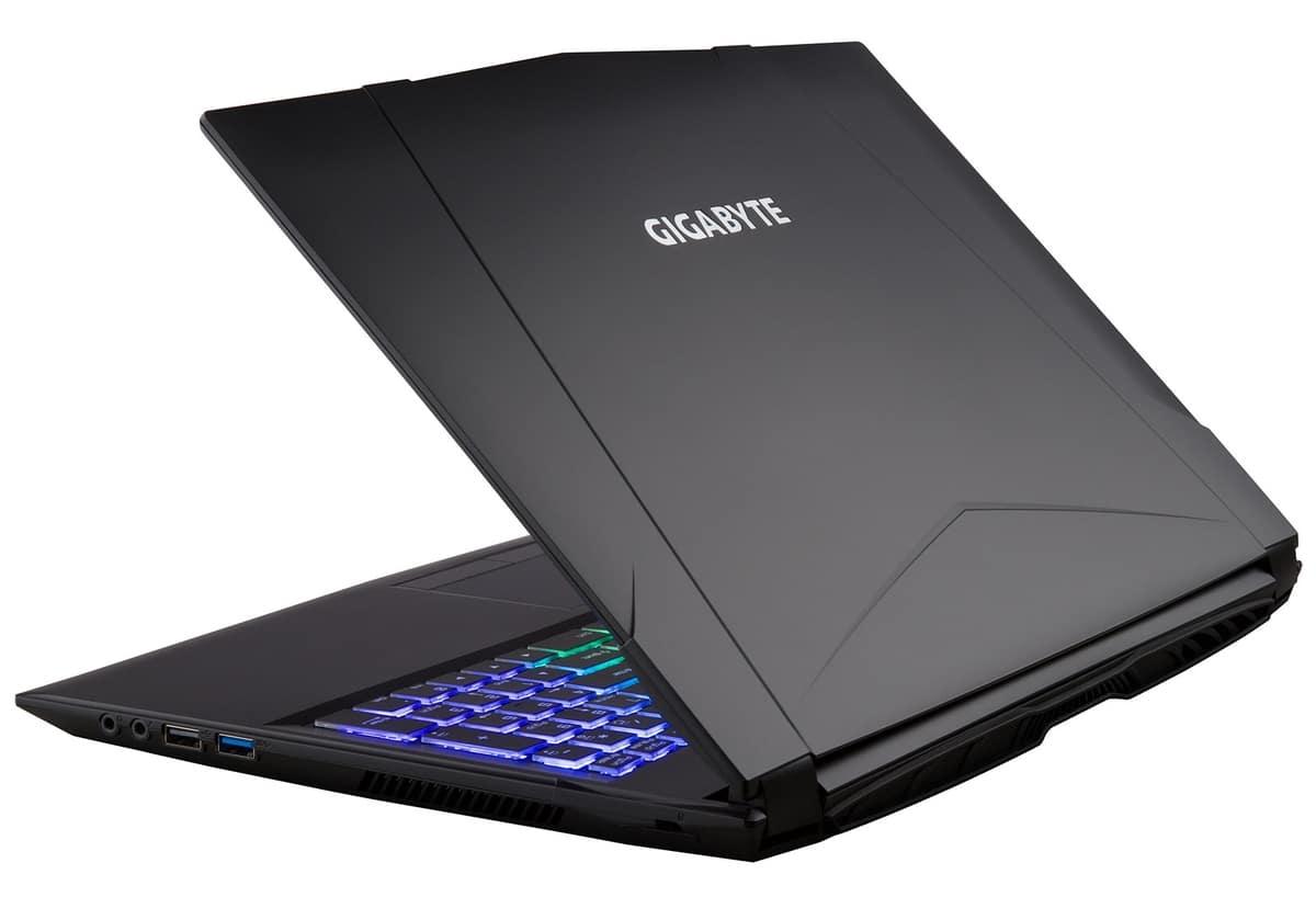 """Gigabyte Sabre P45W V8, PC portable 15"""" IPS 120Hz Coffee GTX 1060 SSD 1599€"""