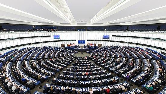 """<span class=""""tagtitre"""">Censure - </span>le parlement européen veut en confier la gestion à Google et Facebook"""