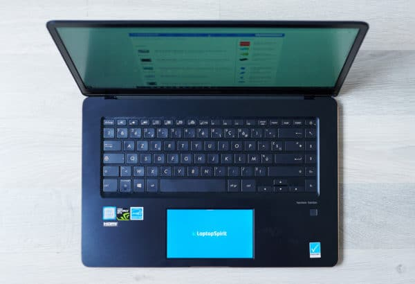Test Asus ScreenPad, un touchpad innovant