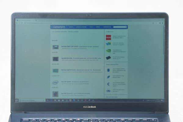 Asus ZenBook Pro 15 UX580 Ecran