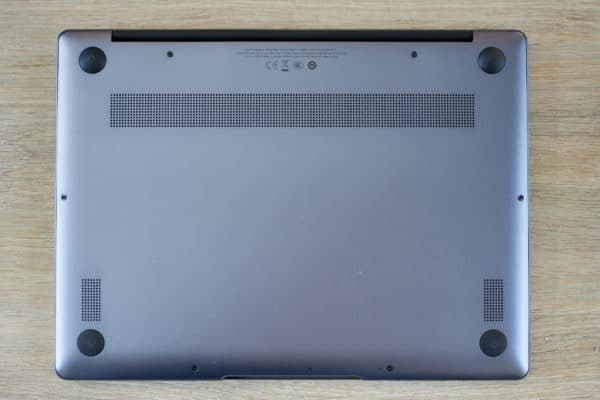 Test Huawei MateBook 13 dessous chassis
