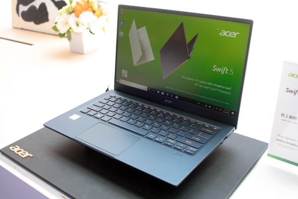"<span class=""tagtitre"">Acer Swift 5 - </span>Ultrabook Athena avec processeur Intel Ice Lake, + compact"