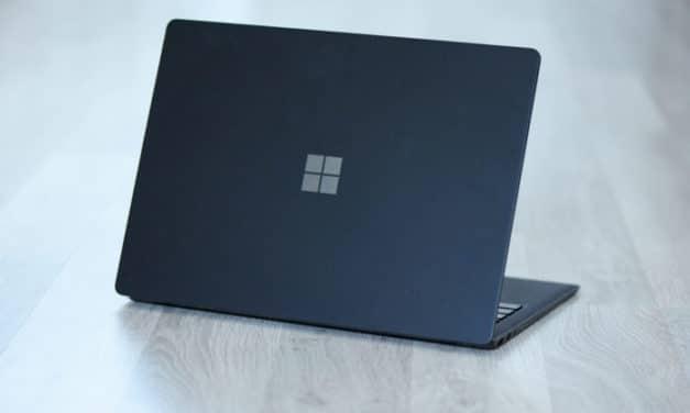 """<span class=""""tagtitre"""">Test Surface Laptop 2 - </span>Un peu d'originalité mais est-ce suffisant ?"""