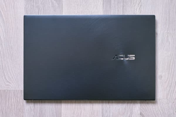 Test Asus ZenBook UX425 Tiger Lake
