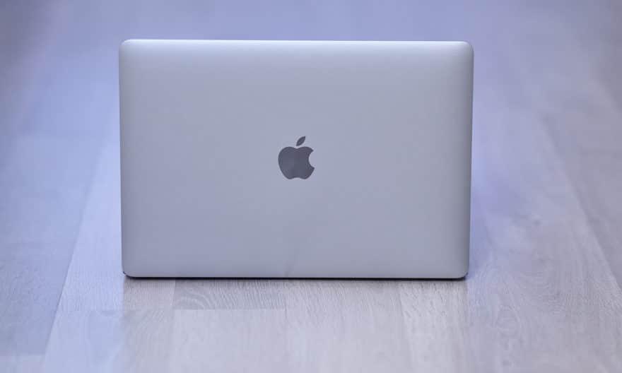 """<span class=""""tagtitre"""">Test MacBook Pro 13 Apple M1 - </span>Notre avis après 3 mois d'utilisation"""