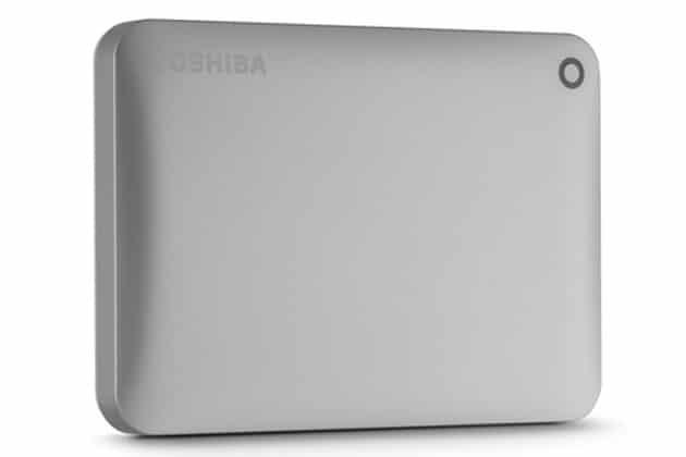 """<span class=""""tagtitre"""">CES 2015 - </span>Toshiba : 2 disques durs externe Canvio 2.5"""" USB 3.0 de 3 To, TransferJet"""