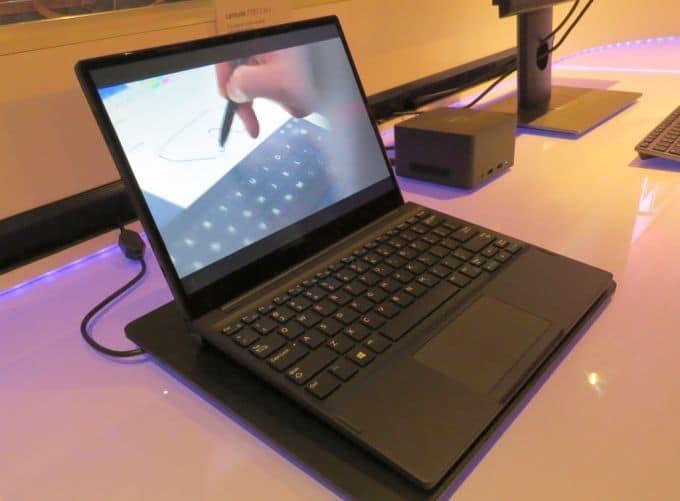 """<span class=""""tagtitre"""">CES 2017 - </span>Dell Latitude 7285, premier PC portable 2-en-1 à chargement sans-fil"""