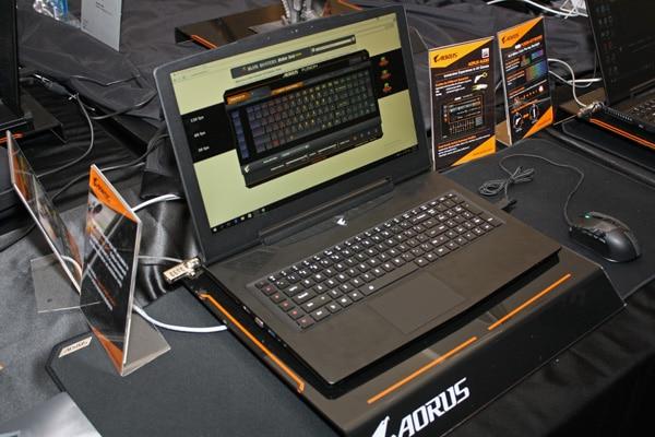 Gigabyte Aorus X7 v6, PC portable 17 pouces avec GPU Pascal (GTX 1080 ?)
