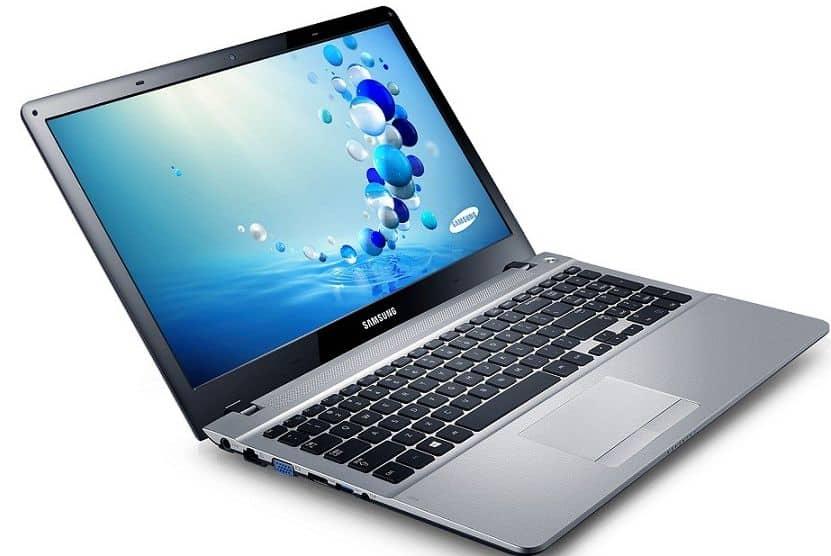 "<span class=""toptagtitre"">Promo 379€ ! </span>Samsung Série 3 NP300E5E-S01, 15.6"" mat à 489€ : Core i3 Ivy Bridge, Geforce 710M, 500 Go"