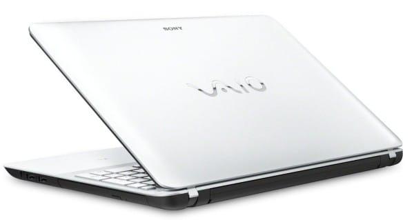 Sony Vaio Fit E SVF1521C2E 2