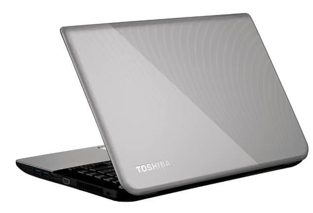 """Toshiba Satellite L40t-A-108 à 699€, 14"""" polyvalent intéressant : GT 740M, 6 Go, Core i3 Ivy Bridge, 750 Go"""