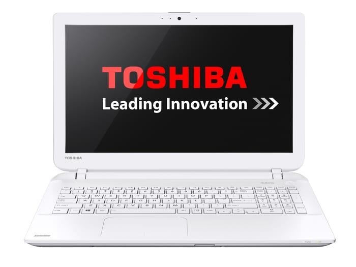 Toshiba Satellite L50-B-23U à 569€, PC portable 15 pouces