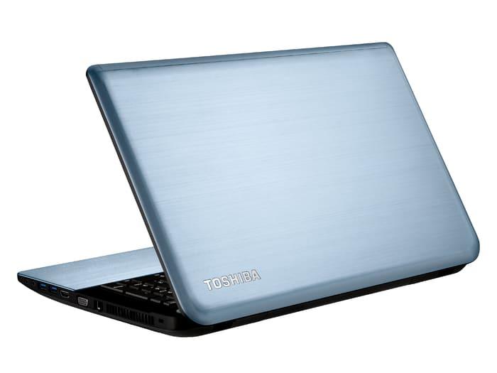 """Toshiba Satellite S70t-A-10W à 749€, 17.3"""" tactile avec Core i5 Ivy Bridge, 6 Go, 750 Go, Geforce 710M"""