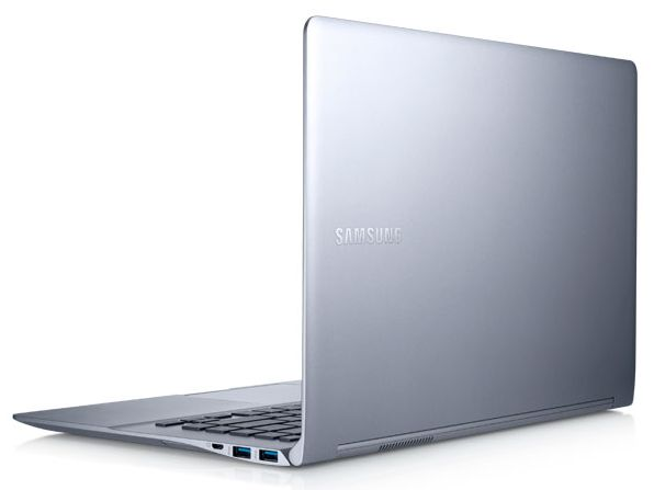 Samsung Série 9 900X4D-A01