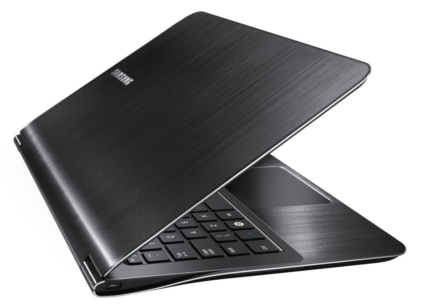 Samsung Série 9 NP900X3A-B02