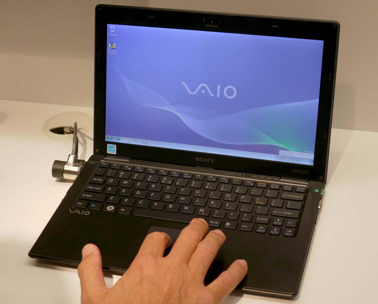 Sony Vaio X : un ultraportable 11.1 pouces fin et léger de ...